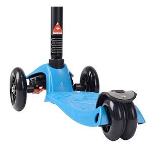 scuter maxi Micro T turcoaz (apă), Micro